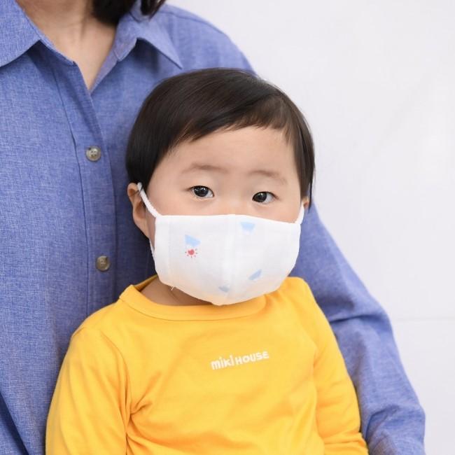 マスク着用 2歳児
